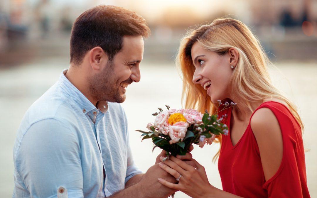 Отношения в паре. Почему перестал муж дарить цветы и говорить комплименты