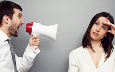 Как реагировать на хамство? Ответить или промолчать?